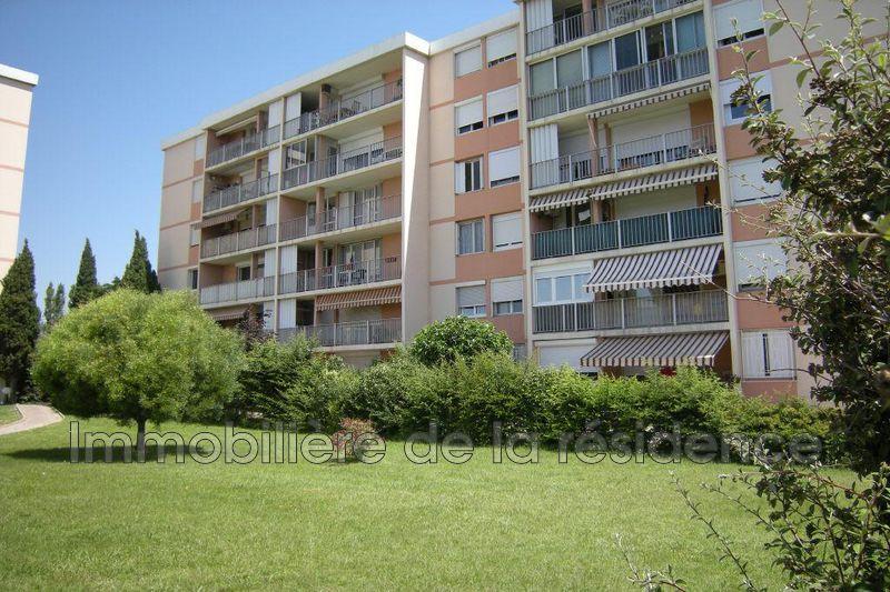 Photo Appartement Rognac Les pugettes,  Location appartement  2 pièces   52m²