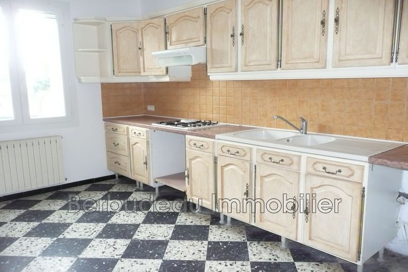 Photo n°1 - Location Maison villa Méthamis 84570 - 715 €