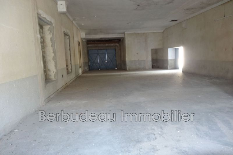 Photo n°2 - Location Garage parking Sault 84390 - 70 €
