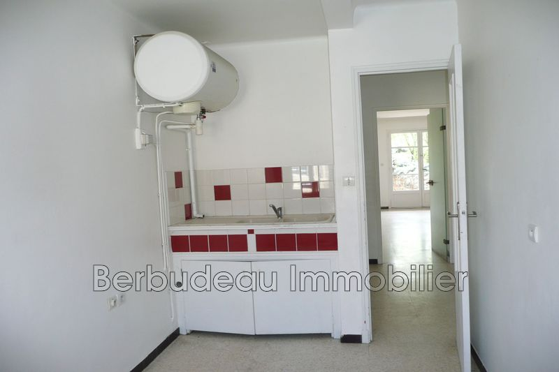 Photo Apartment Carpentras Proche lycee fabre,  Rentals apartment  4 rooms   84 m²