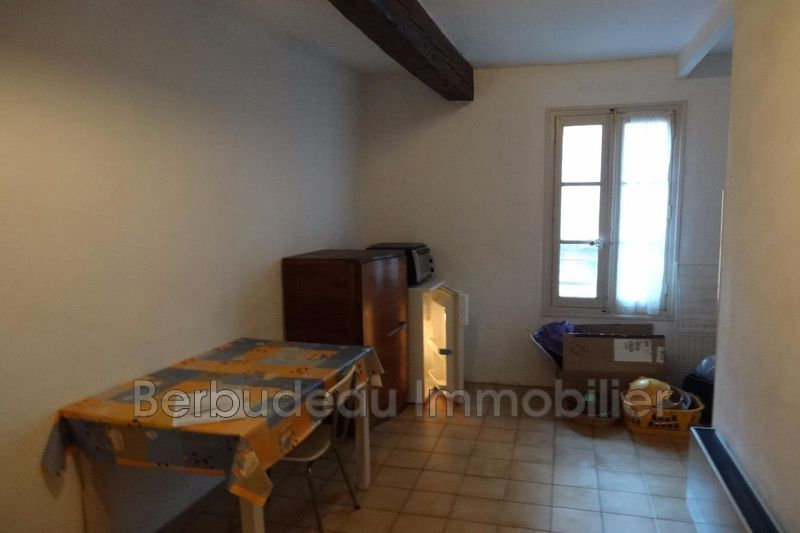 Photo n°1 - Location appartement Carpentras 84200 - 299 €