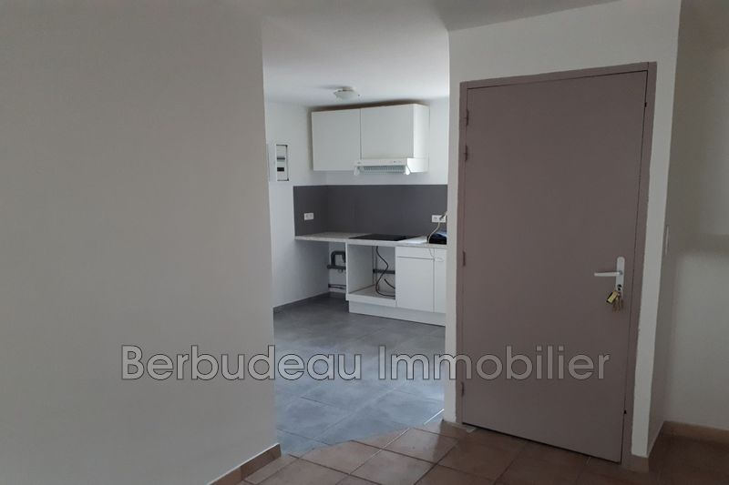 Photo n°2 - Location appartement Carpentras 84200 - 325 €