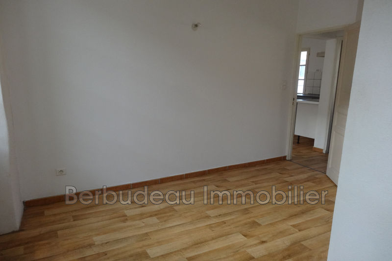 Photo n°3 - Location appartement Carpentras 84200 - 385 €
