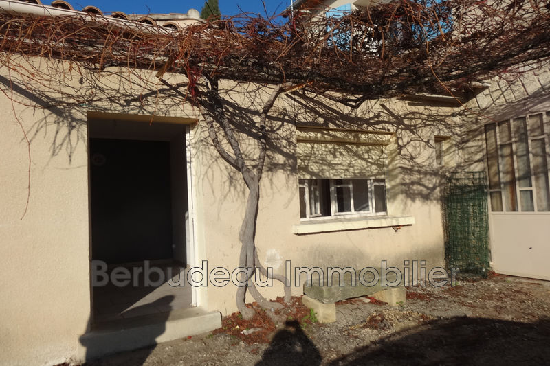 Photo n°1 - Location appartement Caromb 84330 - 260 €