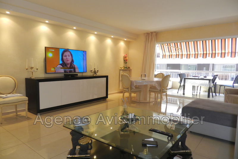 Photo n°1 - Vente appartement Juan-les-Pins 06160 - 545 000 €