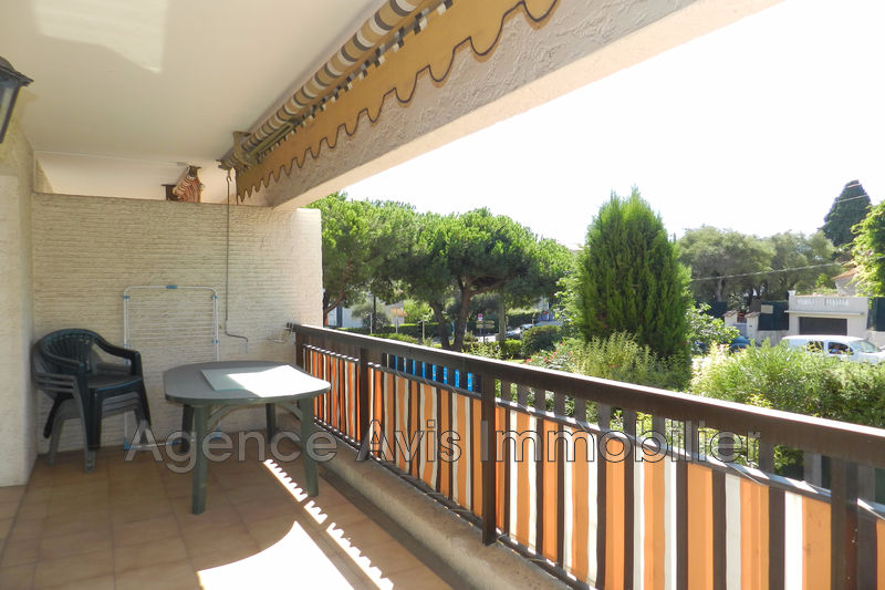 Photo n°1 - Vente appartement Juan-les-Pins 06160 - 212 000 €