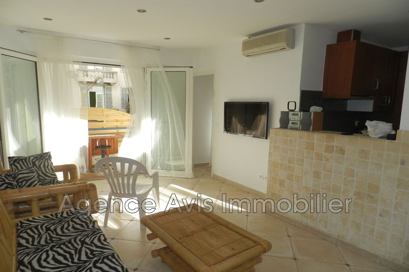 Photo n°2 - Vente appartement Juan-les-Pins 06160 - 210 000 €