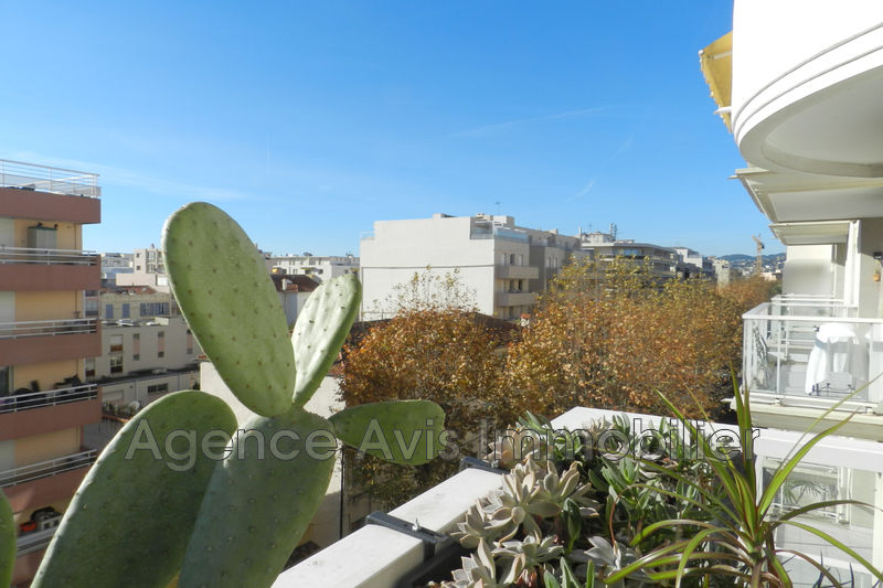 Photo Apartment Juan-les-Pins Centre-ville,   to buy apartment  3 room   72 m²