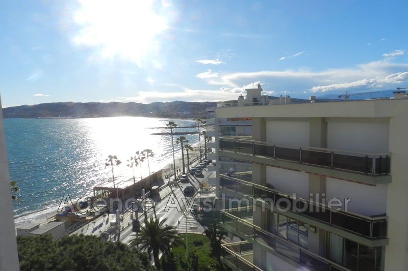 Photo Apartment Juan-les-Pins Front de mer,   to buy apartment  1 room   38 m²