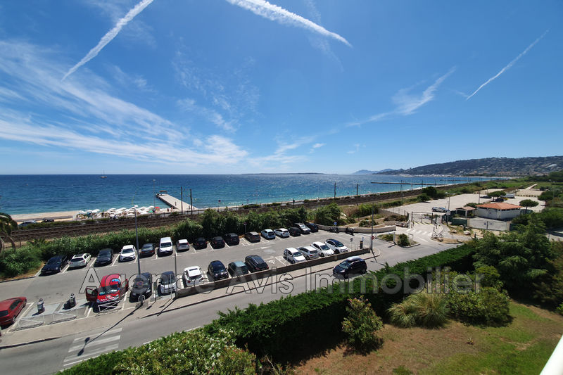 Photo n°2 - Vente appartement Juan-les-Pins 06160 - 695 000 €