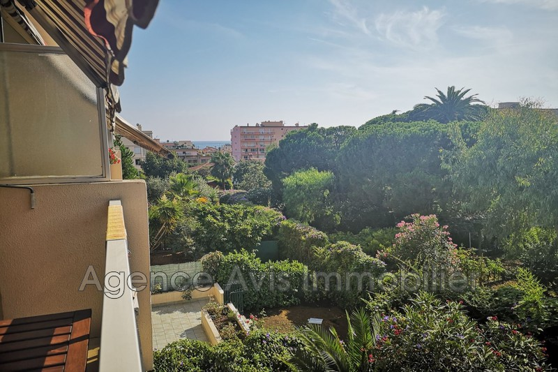 Photo Apartment Juan-les-Pins Bijou plage,   to buy apartment  2 room   48 m²