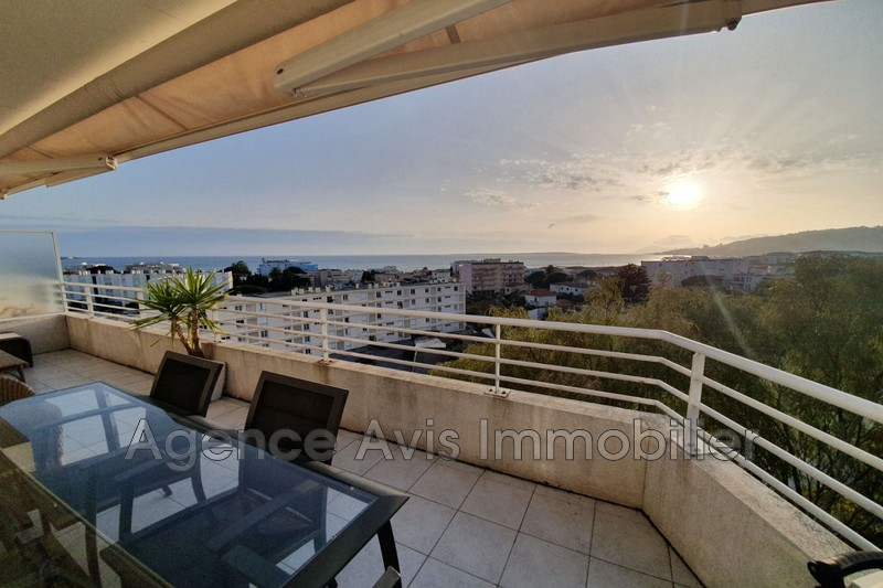 Photo n°2 - Vente appartement Juan-les-Pins 06160 - 575 000 €