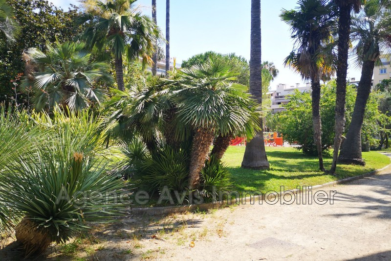 Photo n°2 - Vente appartement Juan-les-Pins 06160 - 286 000 €