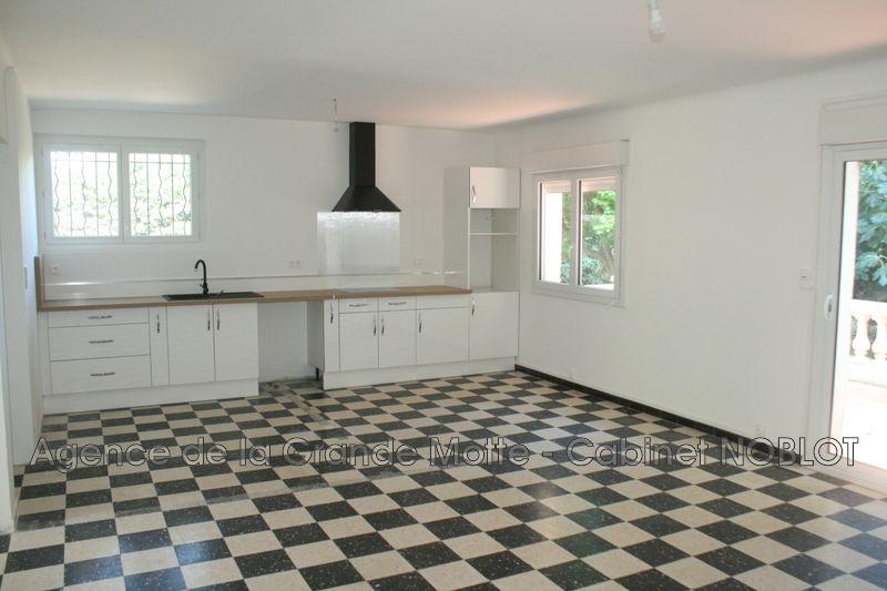 Photo Villa La Grande-Motte  Location villa  4 chambres   140m²