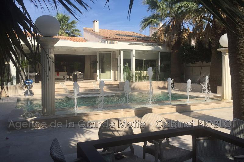 Villa La Grande-Motte   achat villa  2 chambres   205m²