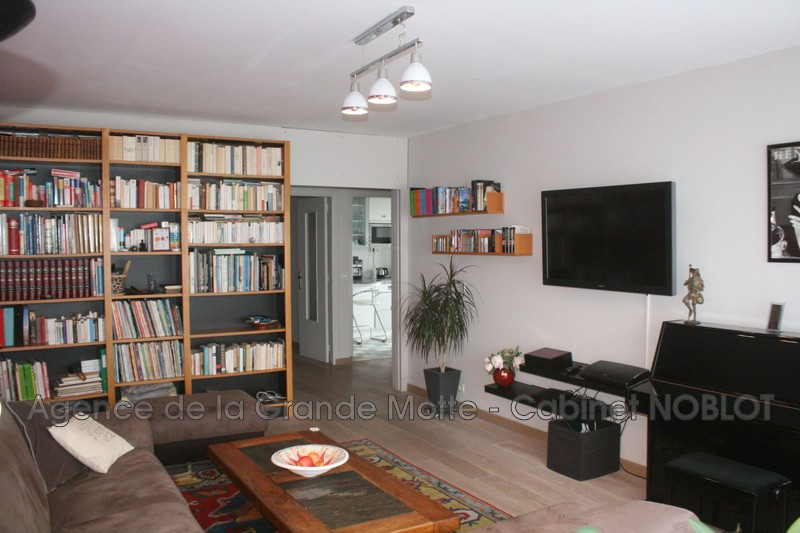 Apartment La Grande-Motte Centre ville,   to buy apartment  5 rooms   98 m²