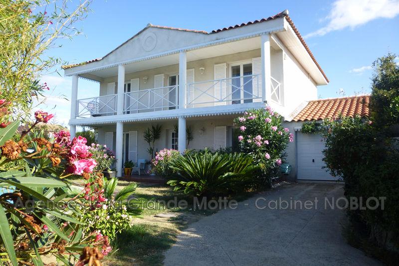 Villa Villeneuve-lès-Maguelone   achat villa  4 chambres   160m²