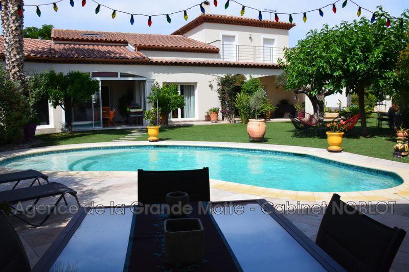 Maison Le Grau-du-Roi   achat maison  2 chambres   250m²