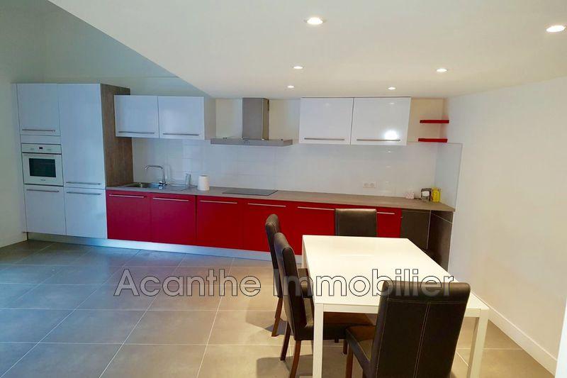 Photo Appartement Assas  Location appartement  3 pièces   75m²