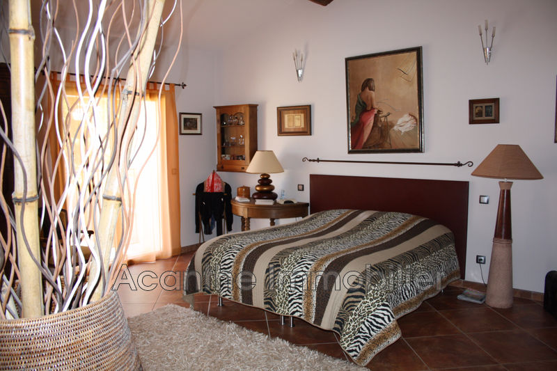 Photo n°2 - Vente maison de caractère Saint-Bauzille-de-Putois 34190 - 830 000 €