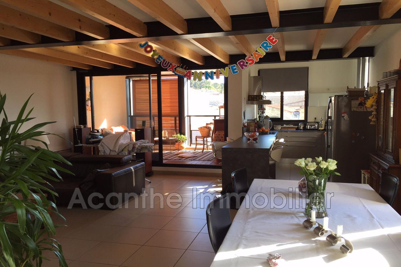 villa clapiers est montpellier achat villa 4 chambres 150 m. Black Bedroom Furniture Sets. Home Design Ideas