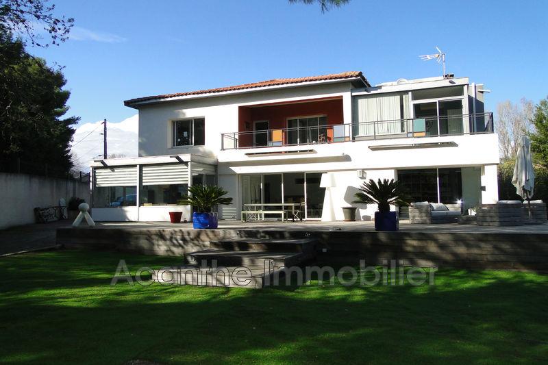 Photo Villa Montpellier   achat villa  5 chambres   294m²
