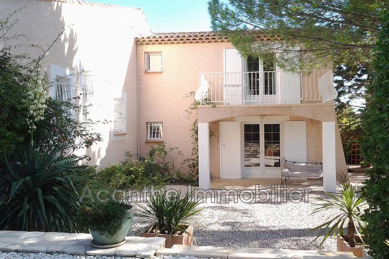 Photo Villa Vailhauquès   achat villa  5 chambres   181m²
