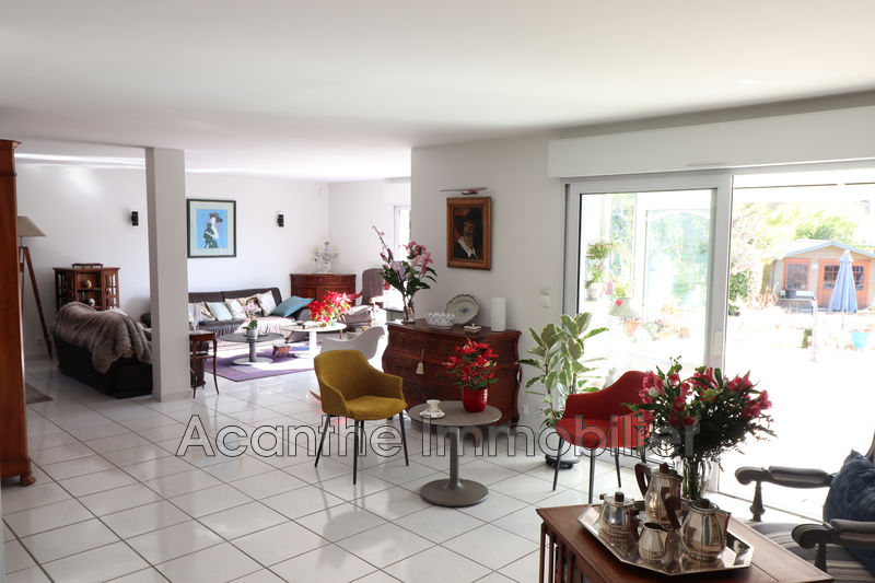 Photo Villa Grabels   achat villa  5 chambres   183m²