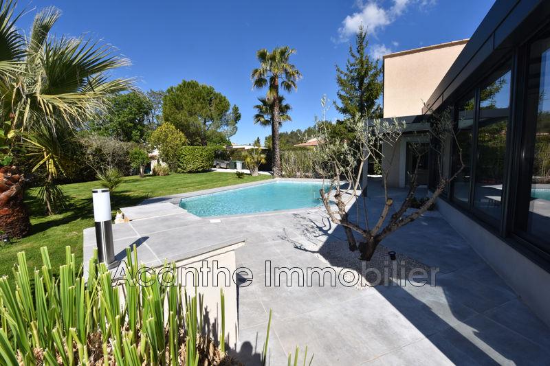 Photo Villa Saint-Clément-de-Rivière   achat villa  3 chambres   200m²