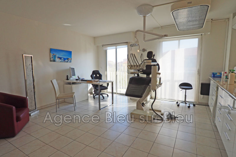 Bureau Antibes Antibes centre,  Professionnel bureau   58m²