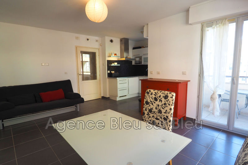 appartement  studio  Antibes Centre-ville  30 m² -