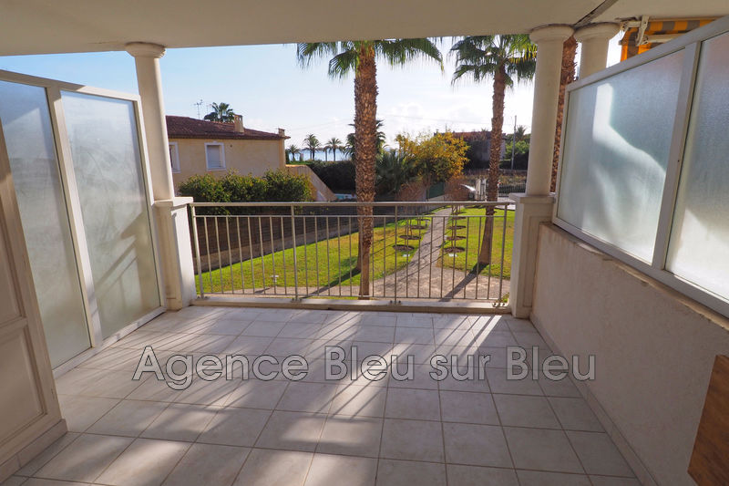 appartement  3 rooms  Golfe-Juan   63 m² -