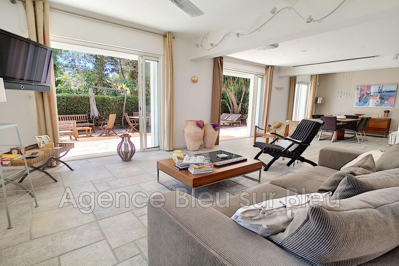 Apartment Antibes Cap D To 4 Rooms 92 M²