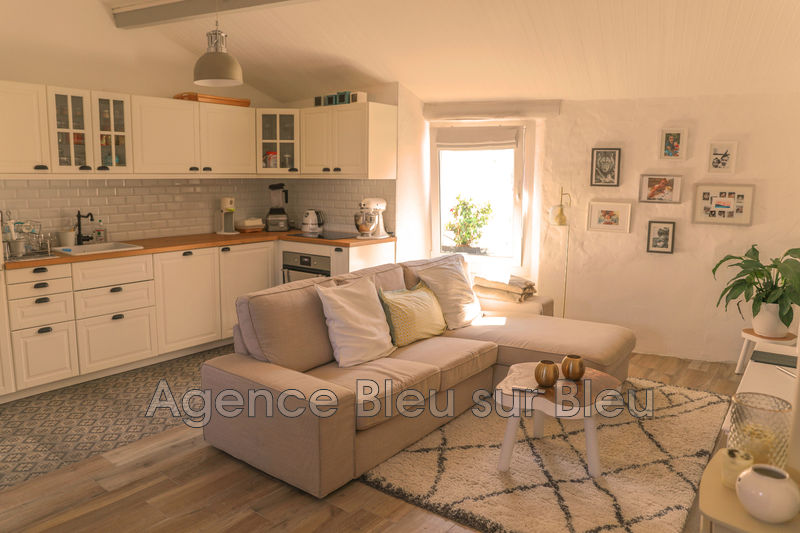 appartement  4 rooms  Antibes Old antibes  81 m² -
