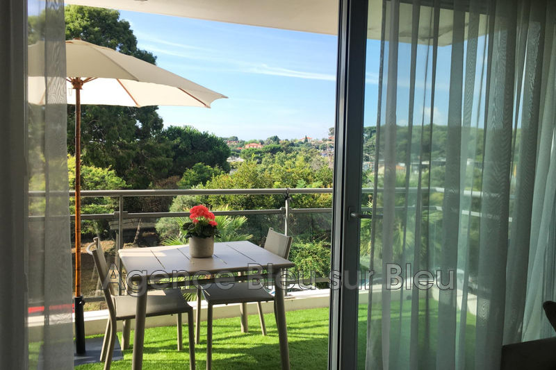 appartement  3 rooms  Antibes Combes  63 m² -