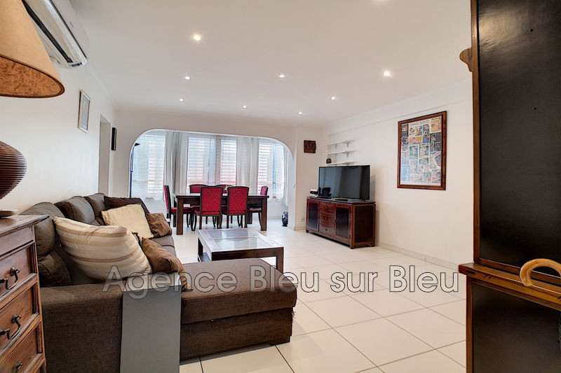 Photo Apartment Antibes Antibes centre,   to buy apartment  3 rooms   82 m²
