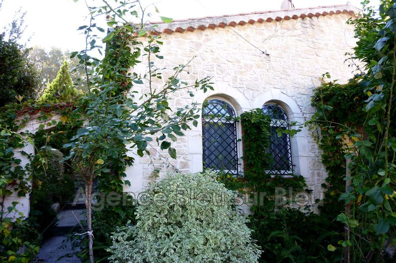 maison  4 rooms  Antibes Antibes centre  130 m² -