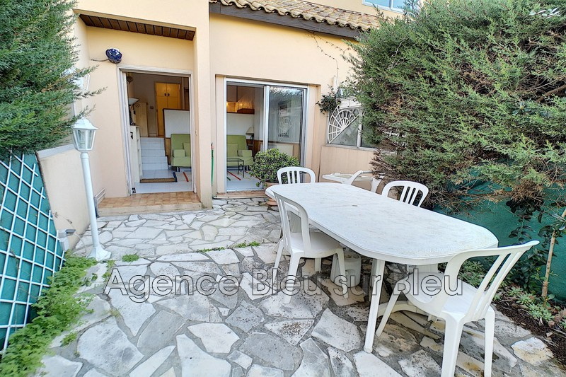 appartement  1 room  Antibes L'ilette  30 m² -