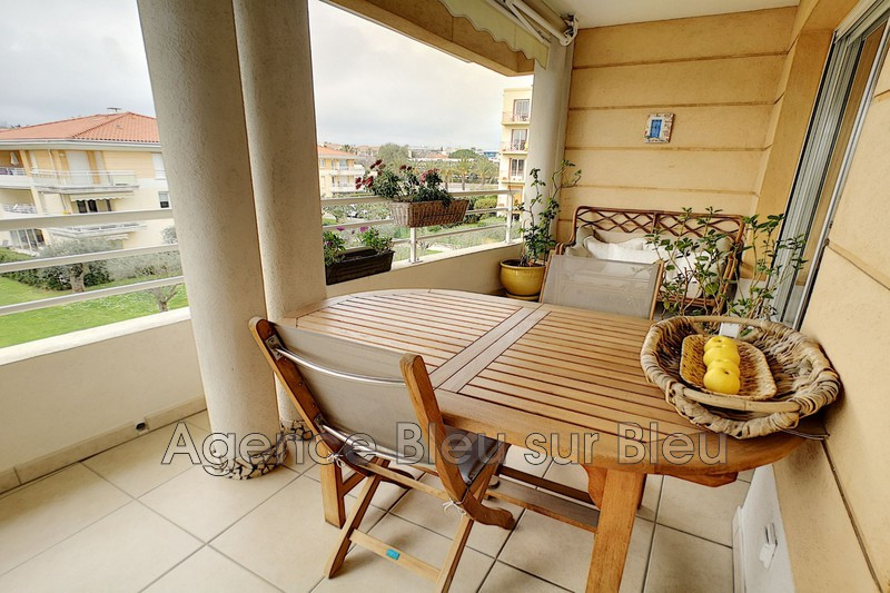 appartement  4 rooms  Antibes La fontonne val claret  75 m² -