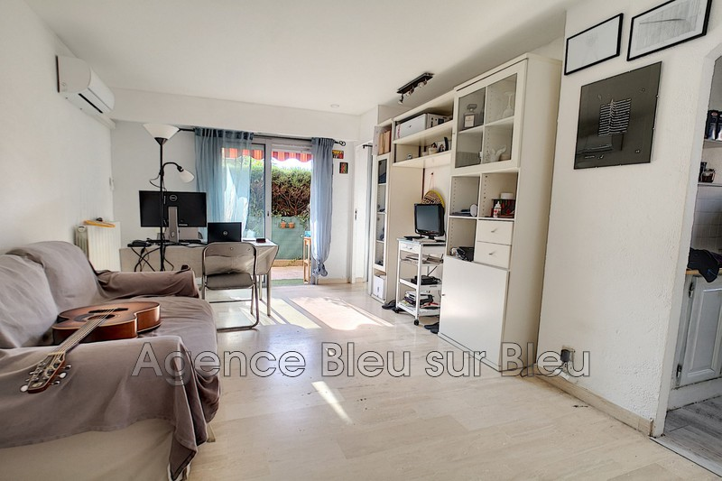 appartement  2 rooms  Antibes Breguières  36 m² -