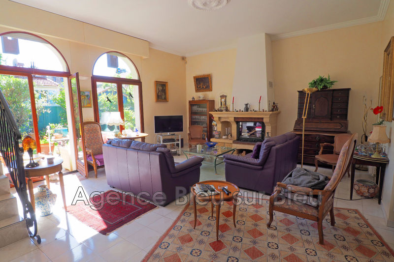 maison  5 rooms  Antibes Ilette  143 m² -
