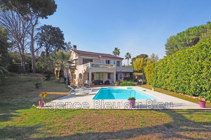 maison  6 rooms  Golfe-Juan   220 m² -
