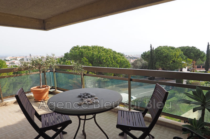 appartement  2 rooms  Antibes Puy  58 m² -