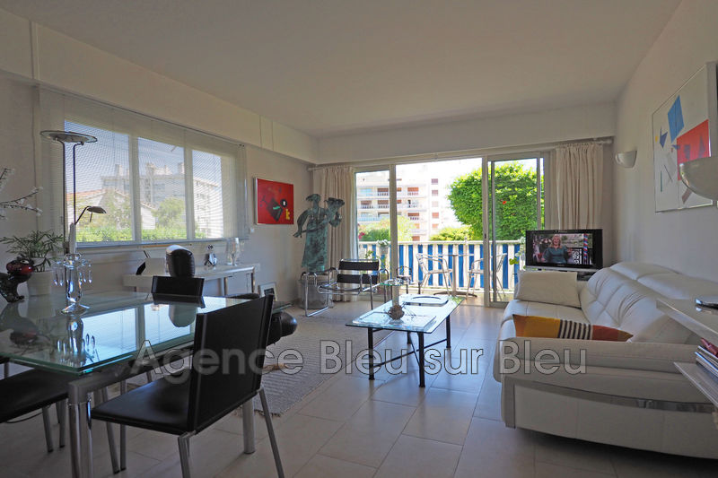 appartement  3 rooms  Antibes Dirty  69 m² -