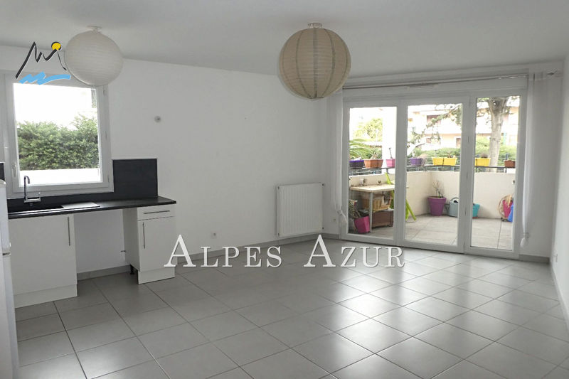 Apartment Cagnes-sur-Mer Hippodrome, centre ville,  Rentals apartment  2 rooms   44 m²