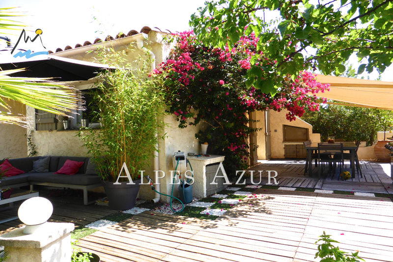 Photo Villa Saint-Laurent-du-Var Plateaux fleuris,   to buy villa  4 bedrooms   145 m²