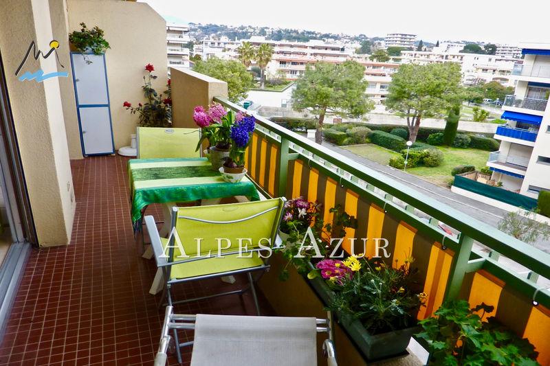Photo Appartement Cagnes-sur-Mer Hippodrome,   achat appartement  1 pièce   29m²