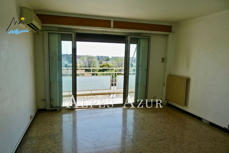 Photo Apartment Cagnes-sur-Mer Centre ville,   to buy apartment  2 rooms   40 m²