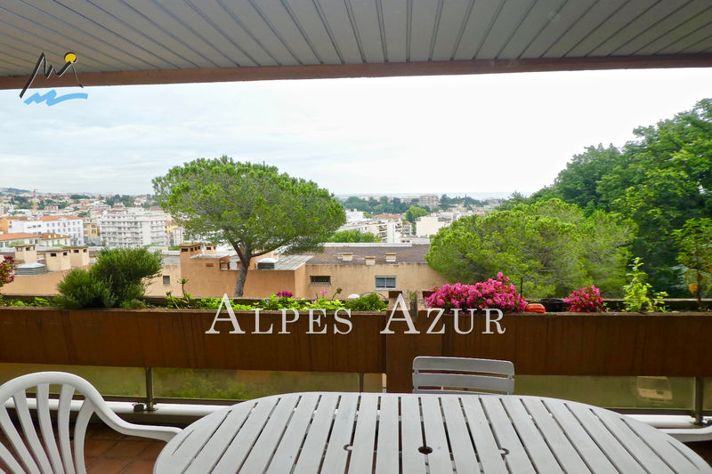 Photo Apartment Cagnes-sur-Mer Proche centre ville,   to buy apartment  3 rooms   97 m²