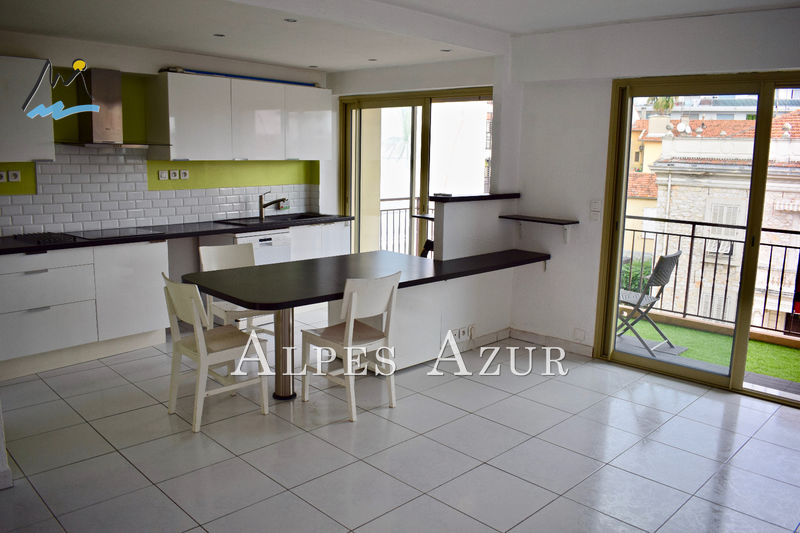 Apartment Cagnes-sur-Mer Centre ville,   to buy apartment  3 rooms   65 m²